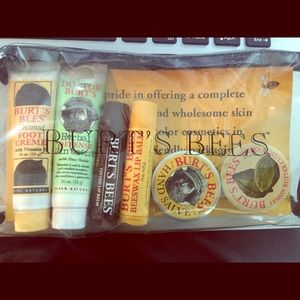 Burt's Bees 7 piece set
